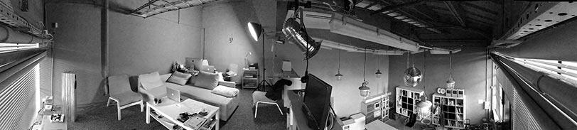 studio_bw812
